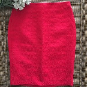 🍃🌺{The Limited}: Red Printed Pencil Skirt🌺🍃